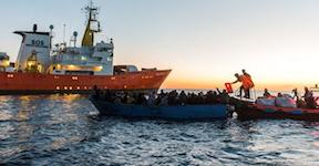 Gemeinsam gegen das Sterben im Mittelmeer.png